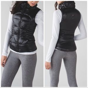 Lululemon NWT Fluffin Awesome Down Vest, 8